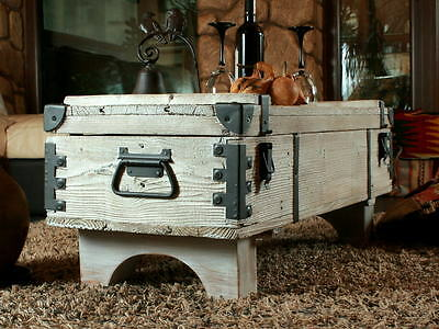 OLD TRAVEL TRUNK Coffee Table Cottage Steamer Trunk WHITE CHEST Vintage Box 16B