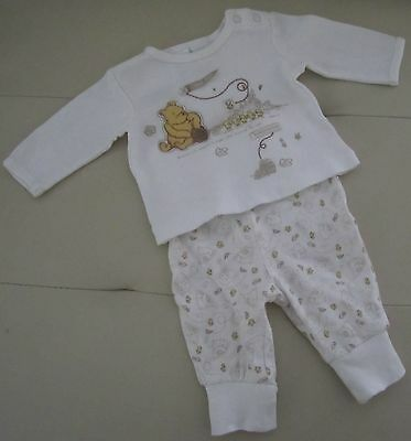 Disney Classic Pooh Bear 2 Piece Set  .... New Baby up to 4kg ..... **Cute**