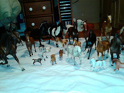 Large Lot of 27 Assorted Vintage Breyer Horses