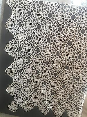 Vintage 1920's crochet Lace Tablecloth/ Curtain/ Bed Throw Handmade White Cotton