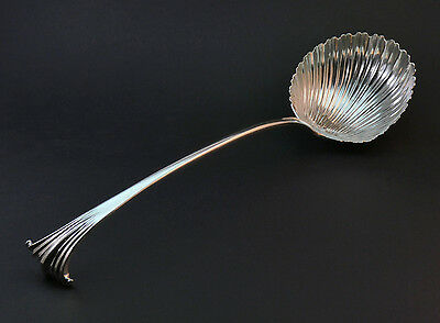 c1764 ANTIQUE 18thC GEORGE III SOLID SILVER ONSLOW PATTERN SHELL BOWL SOUP LADLE