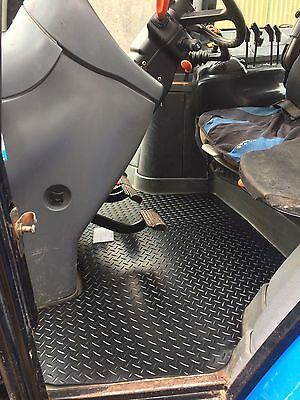 New Holland TM Range Rubber Floor Mat.