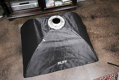 "Paul C Buff Large Soft Box (32"" x 40"") with Grid"
