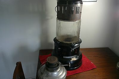 Antique Vintage Modle 735/ Perfection Kerosene Heater With Glass Pyrex Globe