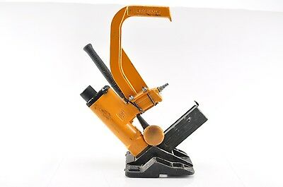 BOSTITCH MIIIFS Pneumatic Flooring Stapler with Mallet