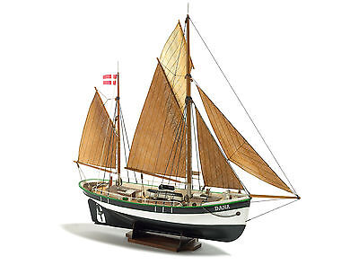 Billing Boats Model Kit Dana Fishing Boat 1:60 scale No.200