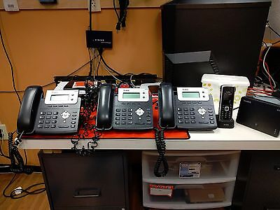 COMPLETE Yealink IP phone system!  3x SIP-T20 1x W-52P