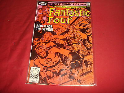 FANTASTIC FOUR #220 John Byrne Marvel Comics 1980 VF