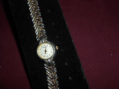 Gold Colored Rumous Quartz Watch -Doesn't Work