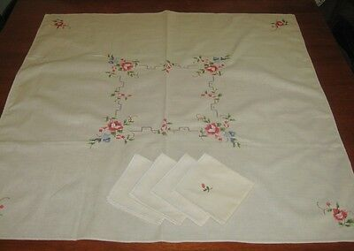 Vintage Embroidered Tablecloth & Matching Serviettes~Cream~Cotton/linen~Square