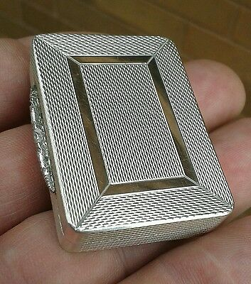 Good Quality, Solid Silver & Rose Gold Snuff / Pill Box, Beautiful Condition.