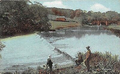 Postcard  Sport  Fishing  Yorkshire   Kirkham