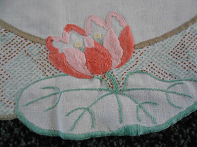 Beautiful Vintage Linen Hand Embroidered Table Mat
