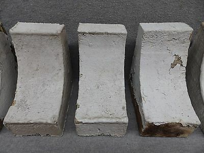 One Antique Wood Small Corbel Shabby Cottage Chic Gingerbread Vtg 433-17R