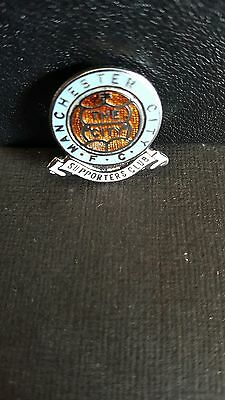 Vintage Manchester city supporters club pin badge