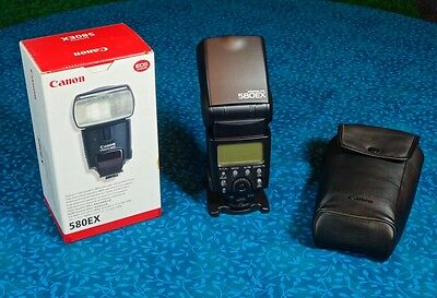 Canon Speedlight 580 EX with Flash Stand and Soft Case in Excellent Condition