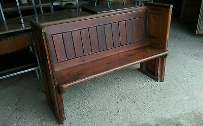 church pew,bench