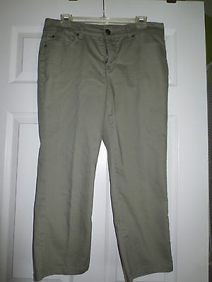Ladies Capris by Relativity - Size 12 - Army Green - Spandex in material