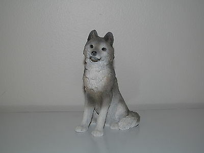 Stone Critters SC-694 Alpha Male Gray Wolf Sculpture