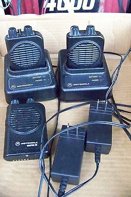 3x Motorola Minitor IV Pagers with 2 Chargers