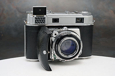 - Kodak Retina IIIc 35mm Camera w Schneider 50mm Lens, Needs Service