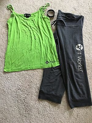 It Works Women's Tank Top & Capri Pant Set Large L With Bracelet