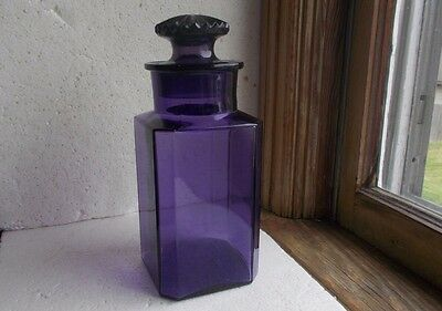 1880s BEAUTIFUL AMETHYST PURPLE APOTHECARY DRUGSTORE CANDY JAR WITH STOPPER