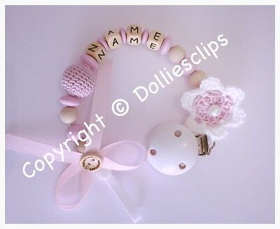 Personalised wooden dummy clip with crochet flower, pink, baby girl, baby gift