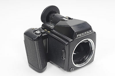 Pentax 645 Medium Format Film Camera Body w/220 Insert                      #849