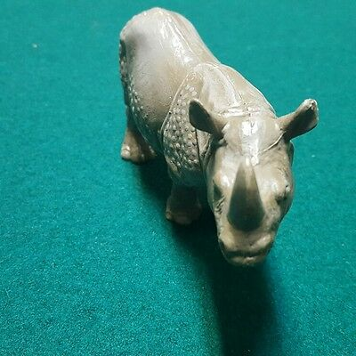 "Schleich Retired Classic Wildlife  Rhinoceros  ""Rare"""