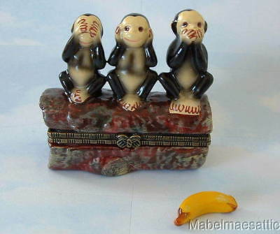 New Handpainted See No Evil Monkeys Monkey Trio Porcelain Hinged Trinket Box
