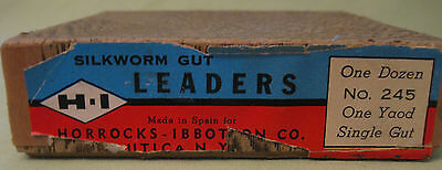 Old Box with 12 Horrocks Ibbotson Isaak Walt Silkworm Gut Leaders One Dozen