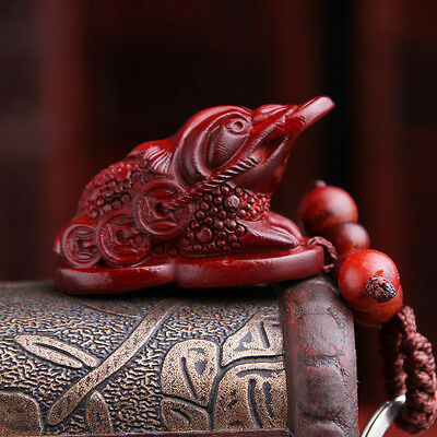 Precious Red Sandalwood Wood Hand Carving Chinese Golden Frog Statue Key Chain