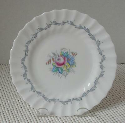 THE CHELSEA ROSE Royal Doulton BREAD & BUTTER SIDE PLATE (s) Bone China EUC