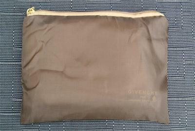 SINGAPORE AIRLINES In Flight COMFORT PACK GIVENCHY RARE NEW-Unused