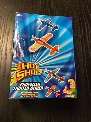 Party Bag Toys/Fillers: 48 Glider Kits in Shelf-Ready Packaging BNIB