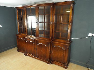 Superb Georgian Style Solid Oak Breakfront Bookcase by ROYAL OAK 8ft Wide!!