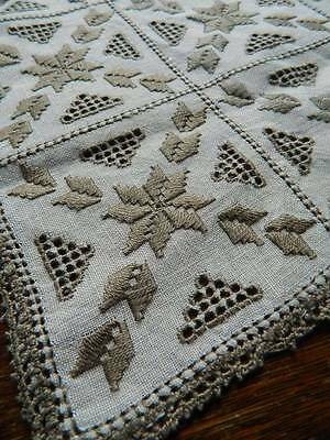 "Vintage Irish linen table topper - Lefkara embroidery & needlelace 12"" x 12"""