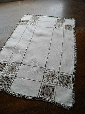"Vintage Irish linen table topper - Lefkara embroidery & needlelace 14"" x 21"""