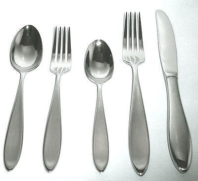 Wedgwood Stainless New Oberon 5-Piece Flatware Place Setting, NEW