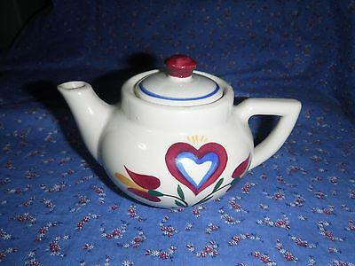 Beautiful Shawnee Pennsylvania Dutch Small Teapot ? Creamer Marked USA