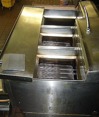 Ultra Fryer- 3 Well with Filtration System, Natural Gas