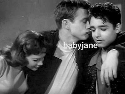 053 James Dean Kisses Sal Mineo Rebel Without A Cause W/ Natalie Wood Photo