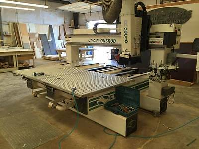 CR Onsrud 96-C10 5' x 8' Dual Table CNC Router