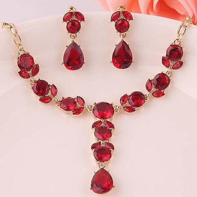 Stunning Austrian Crystal with18k Gold Plated Necklace & Earrings Jewelry Set!