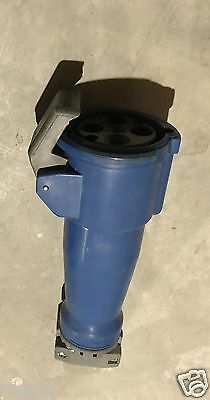Hubbell Hbl460C9W 3 Phase 4 Wire 250 Vac 60 Amp Pin And Sleeve Connector