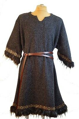Medieval-LARP-SCA-Re-enactment- Mens-GREY MOTTLED FUR TRIMMED TUNIC  One Size