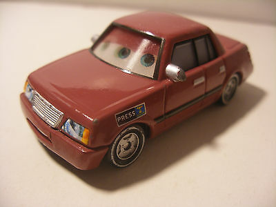 Mattel Disney Pixar Voiture CARS Die Cast Metal 1/55 Press SKIP RICTER