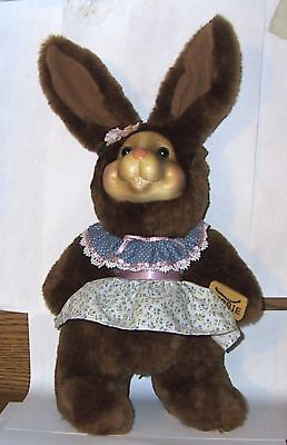 Robert Raikes Bessie 1997 Easter Edition Signed Rabbit