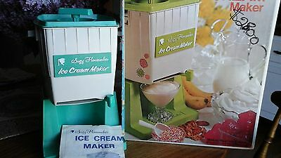 Vintage 1971 Suzy Homemaker ICE CREAM MAKER by Topper Toys w/ box & paper